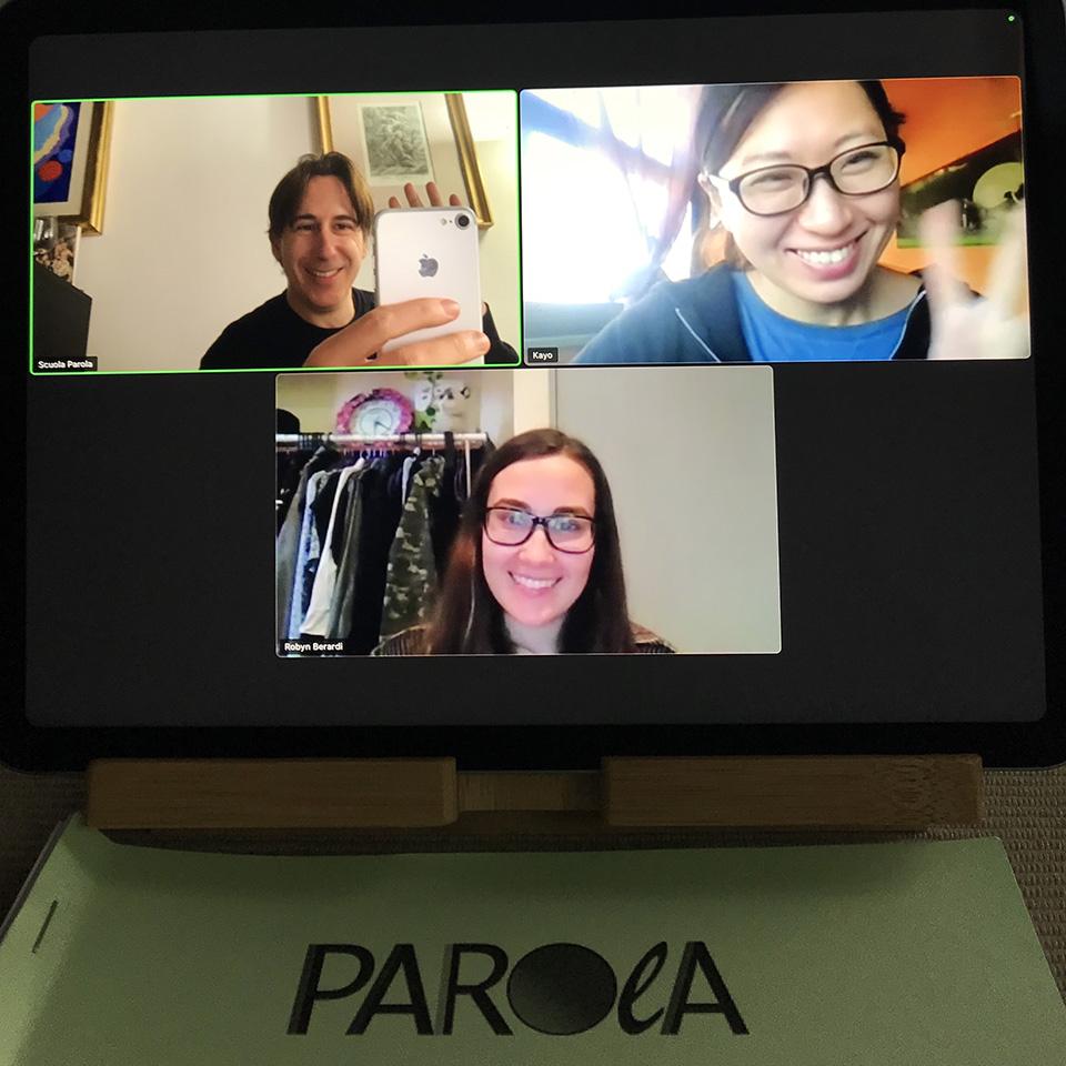 Studenti in una lezione di italiano online